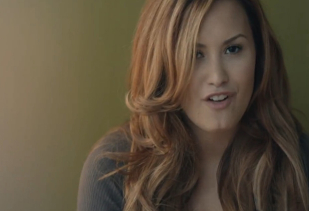 "Demi Lovato entra no top 20 da Billboard com o musica ""Give Your Heart a Break"""