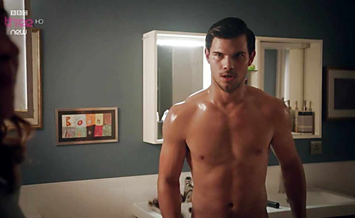 taylor lautner shirtless Cuckoo