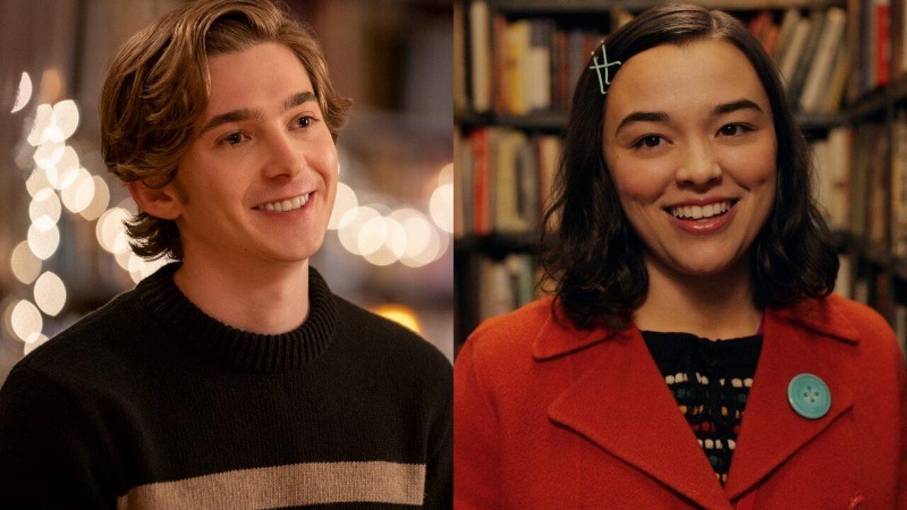 Austin Abrams e Midori Frances descobrem que um romance pode rolar no natal em 'Dash & Lily', nova série da Netflix - Febre Teen