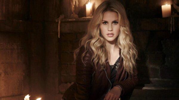 Claire Holt revela se viveria Rebeka de The Originals novamente
