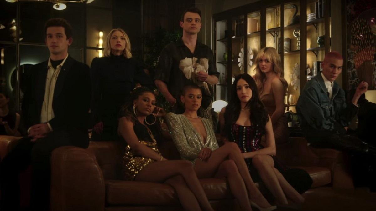 Você sabia que os perfis dos personagens de 'Gossip Girl' existe na vida real? Confira uma lista de todos para você poder seguir