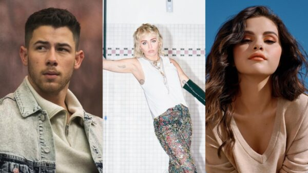 Miley Cyrus comemora aniversário de 13 anos de '7 Things' relembrando drama com Nick Jonas e Selena Gomez