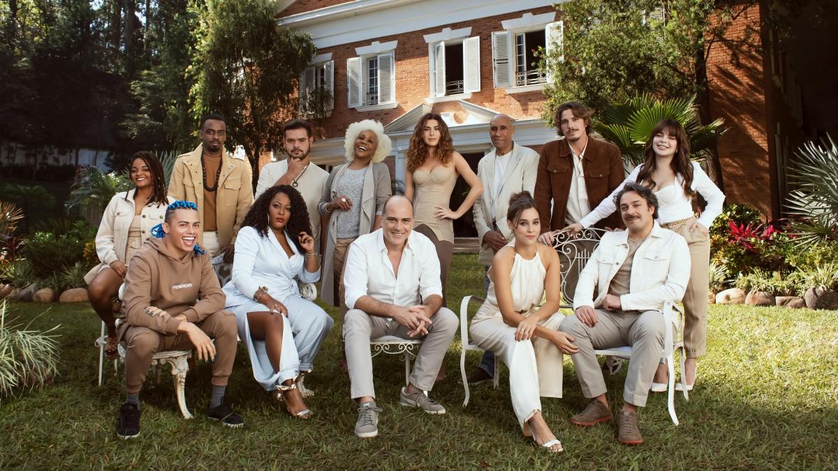 Netflix anuncia nova série de comédia brasileira com Gkay e Fernanda Paes Leme