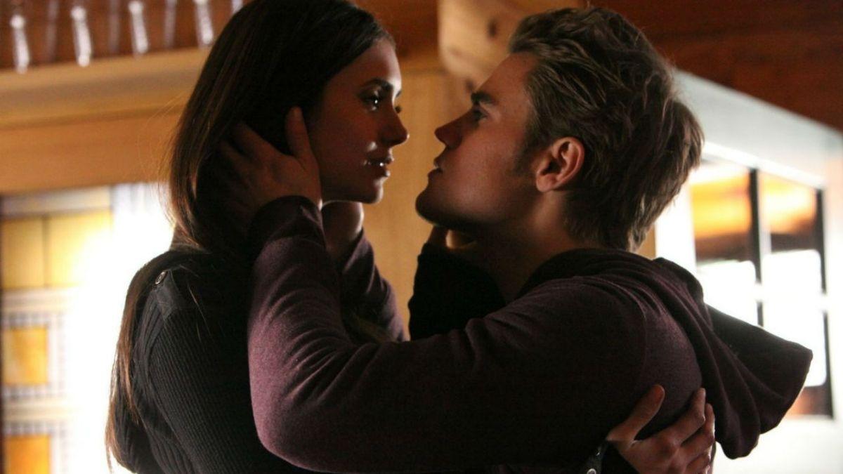 """""""Estava lidando com minhas próprias coisas"""": Paul Wesley diz sobre término Stelena em The Vampire Diaries"""