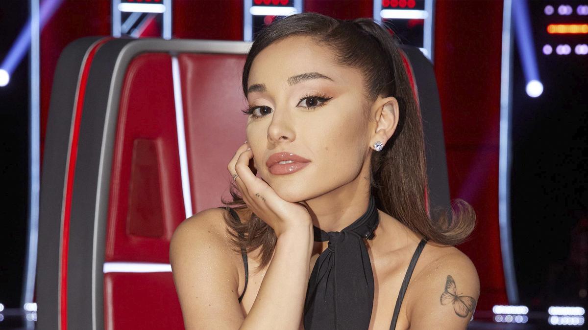 Ariana Grande está quebrando todas as regras do The Voice; entenda