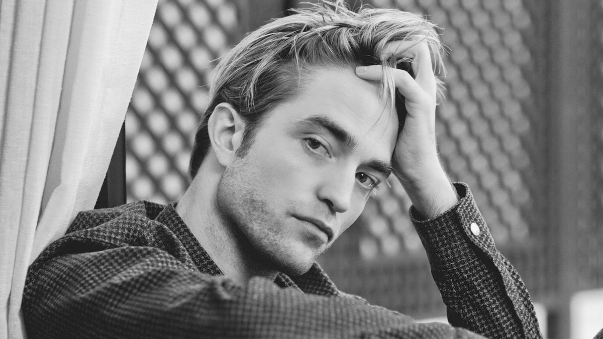 Você sabe quem é a namorada de Robert Pattinson? Ator já está em um relacionamento há 3 anos