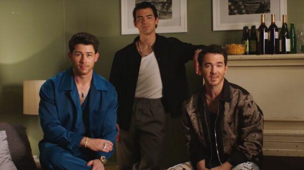 Jonas Brothers anunciam que ganharão um especial humorístico na Netflix